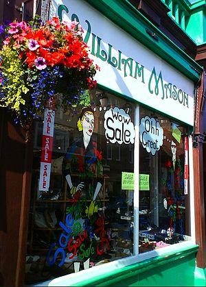 English: Shop Window High Street